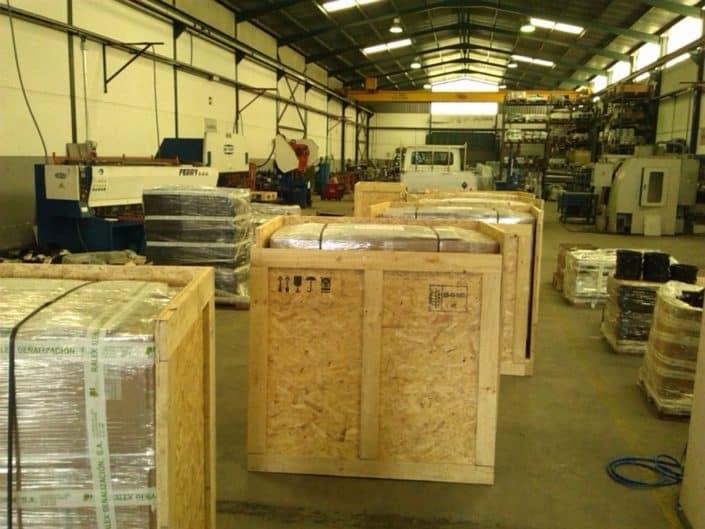 preparación cajas de embalaje