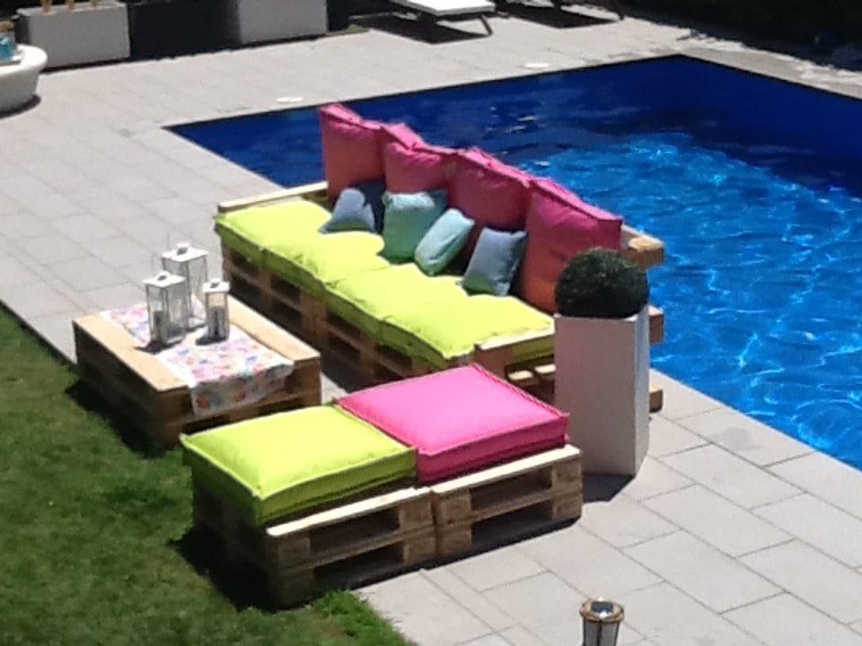 Muebles jardin con palets cheap solicita ms informacin - Mobiliario con palets ...