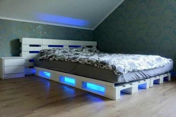 cama palet luces led
