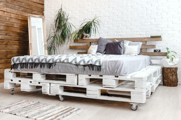 cama palet ruedas