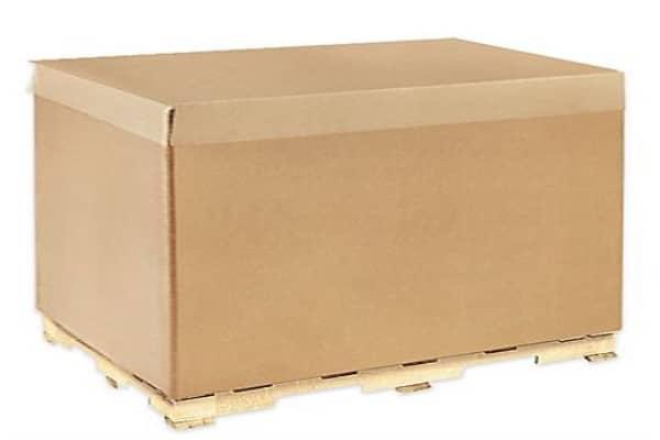 cajas de cartón con madera
