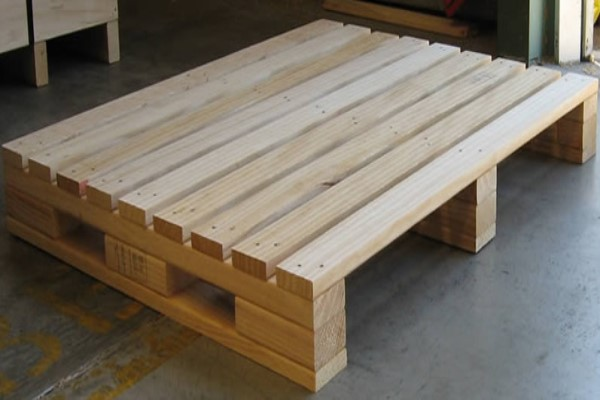 palets y bases de madera